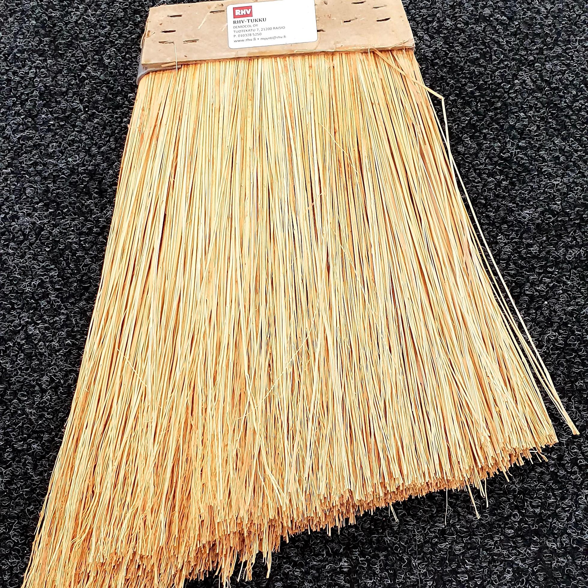 Riisiluuta käsin valmistettu